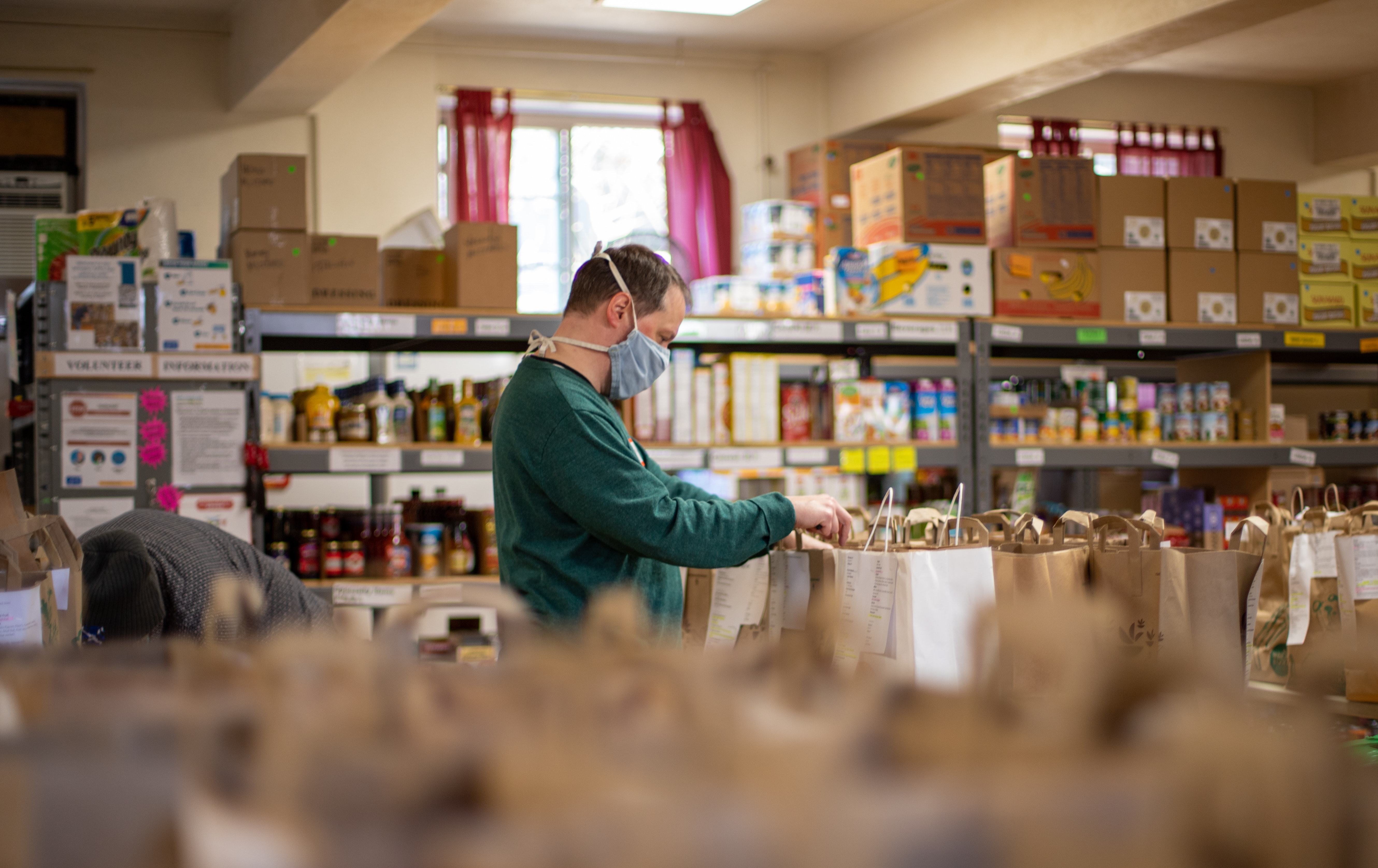 The future of work? People are giving up their jobs to volunteer in local food bank